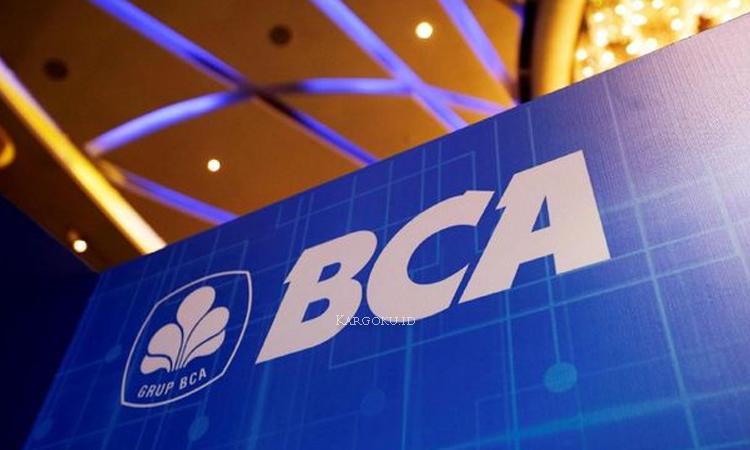 Kargoku - PT Bank Central Asia Tbk - Bank BCA - PT Bank Central Asia Tbk atau yang sering di sebut BCA adalah bank swasta terbesar di Indonesia. Bank ini didirikan pada 21 Februari 1957 dengan nama Bank Central Asia NV dan pernah menjadi bagian penting dari Salim Grub. Saat ini bank BCA dimiliki oleh salah satu grub produsen rokok terbesar keempat di Indonesia, Djarum.